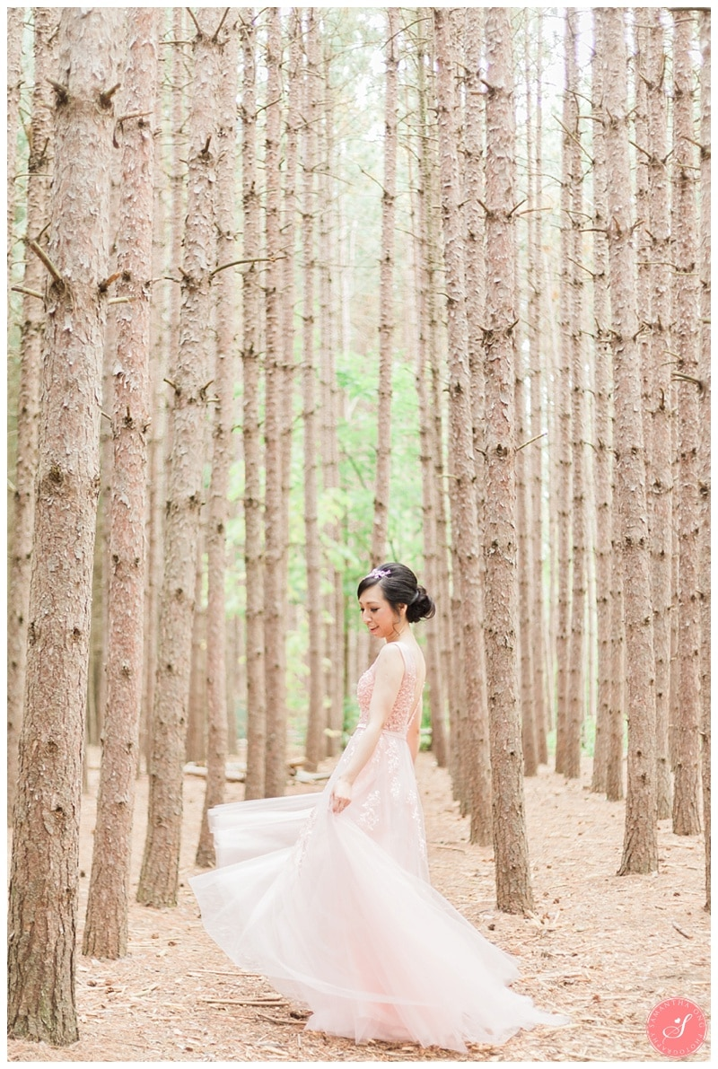 kortright-romantic-whimsical-wedding-forest-woodsy-photos-0004