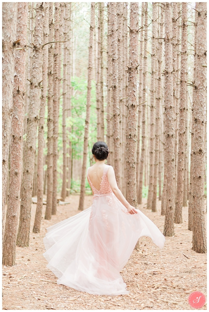 kortright-romantic-whimsical-wedding-forest-woodsy-photos-0005