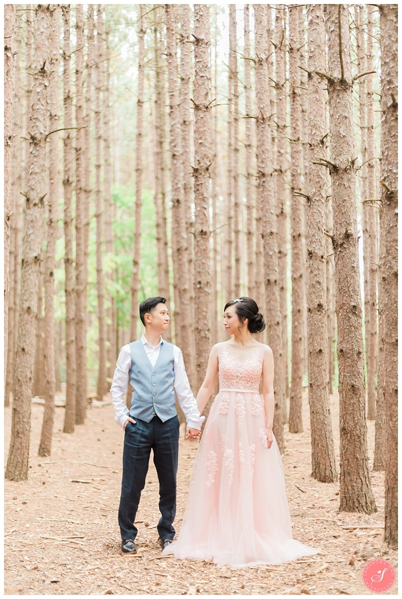 kortright-romantic-whimsical-wedding-forest-woodsy-photos-0007