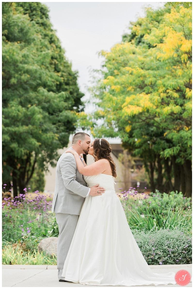 pickering-city-hall-wedding-photos-1