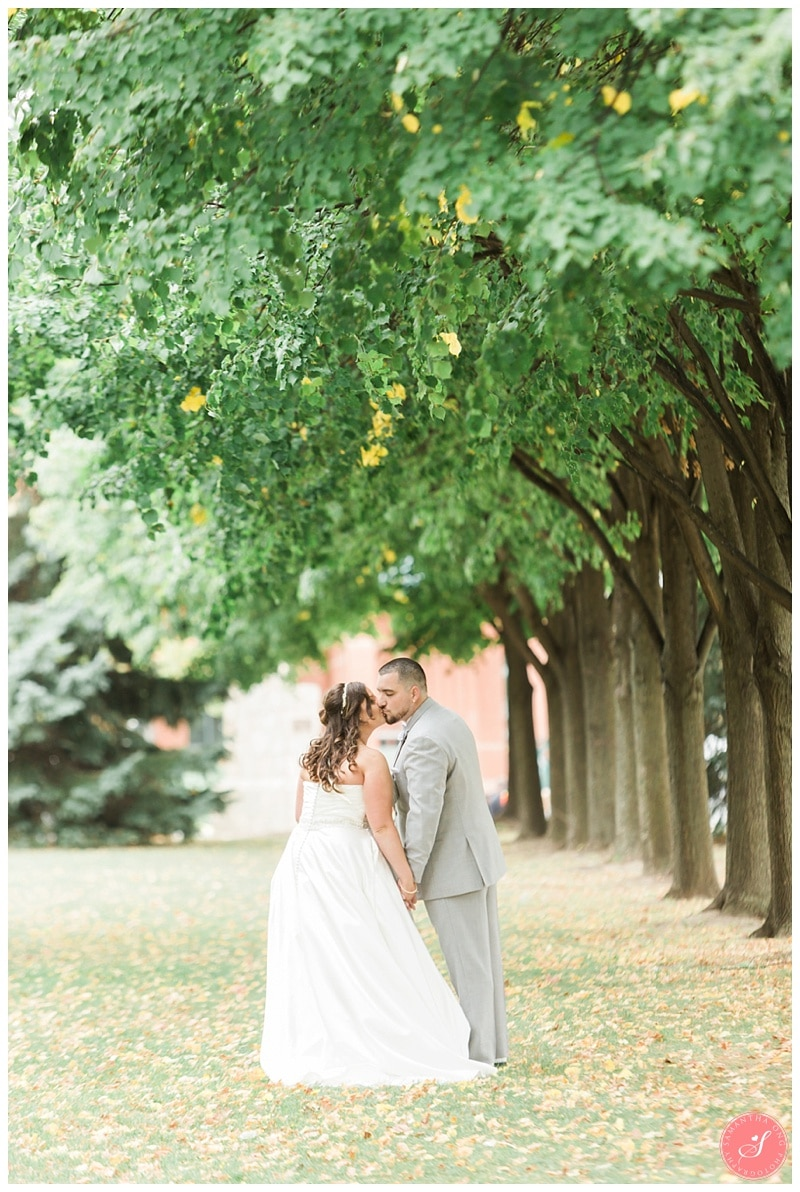 pickering-city-hall-wedding-photos-4
