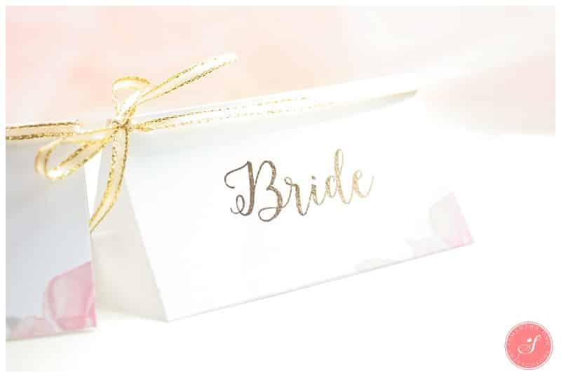 wedding-diy-gold-foil-embossed-place-cards-2