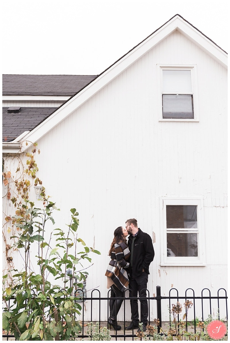 markham-unionville-fall-engagement-photos-13