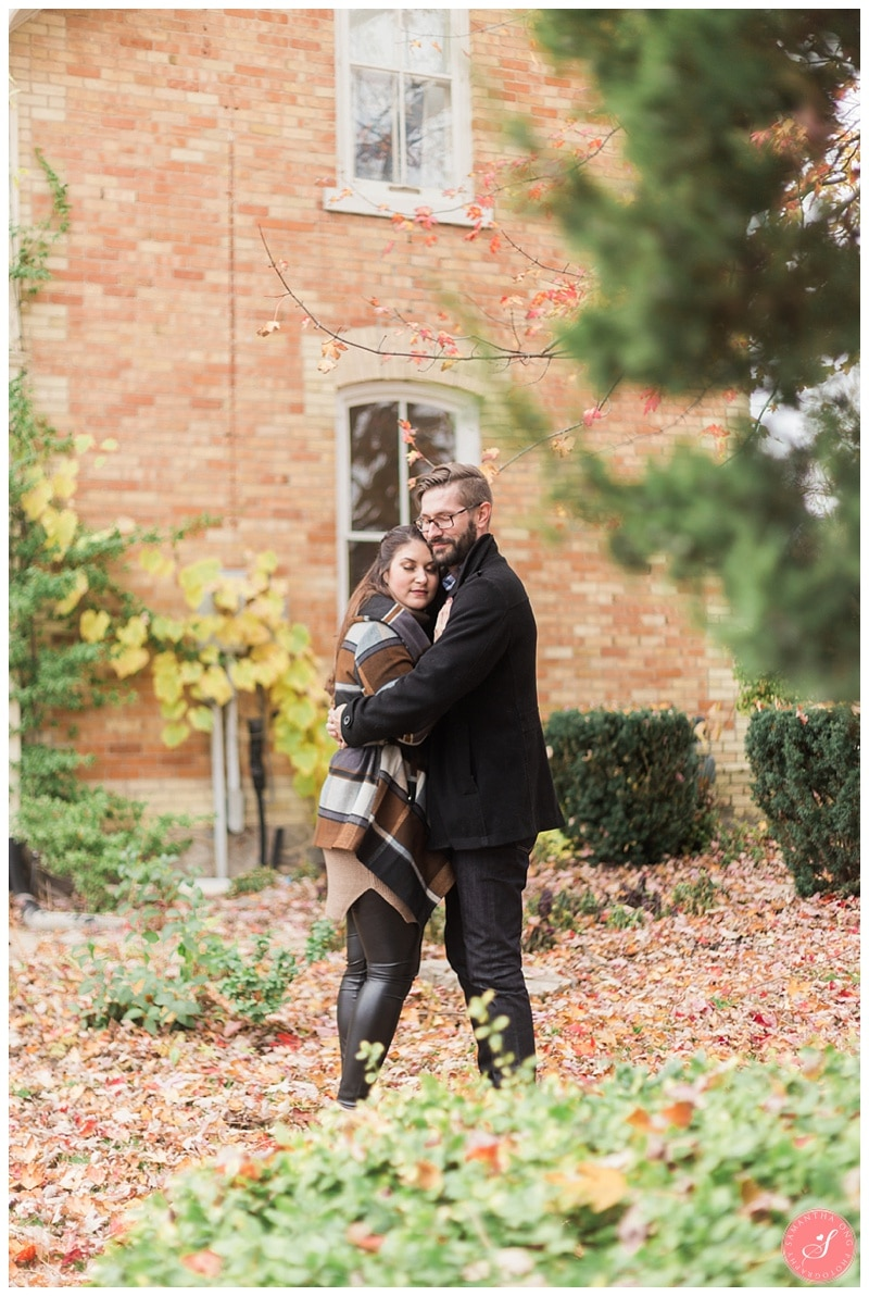 markham-unionville-fall-engagement-photos-6