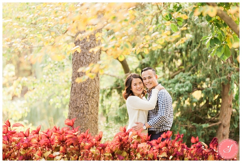toronto-edward-gardens-fall-engagement-photos-1