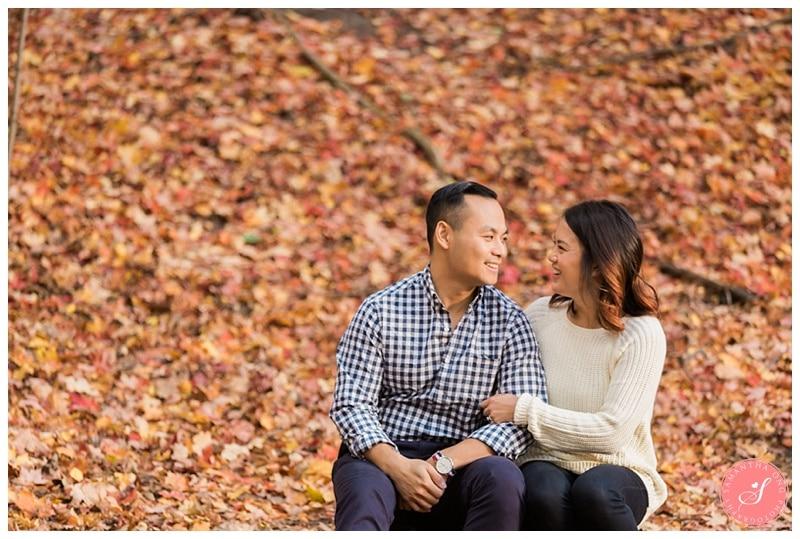 toronto-edward-gardens-fall-engagement-photos-10