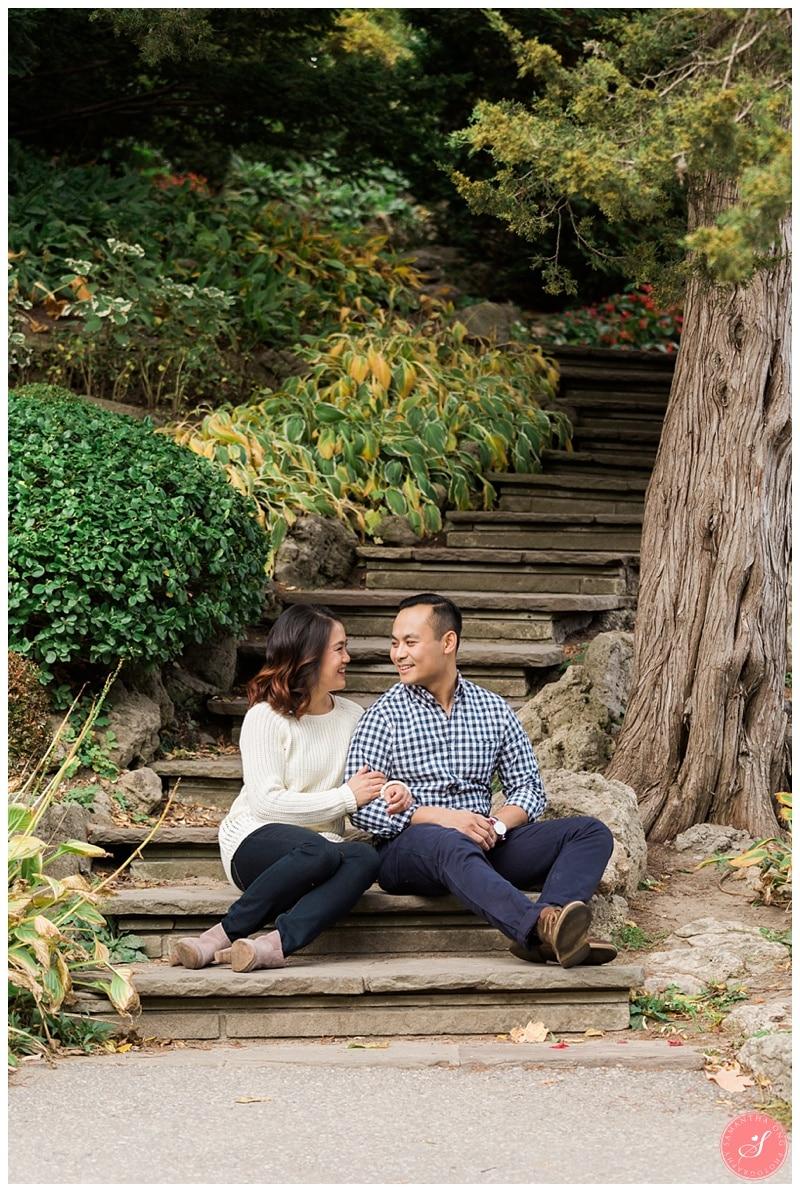 toronto-edward-gardens-fall-engagement-photos-4