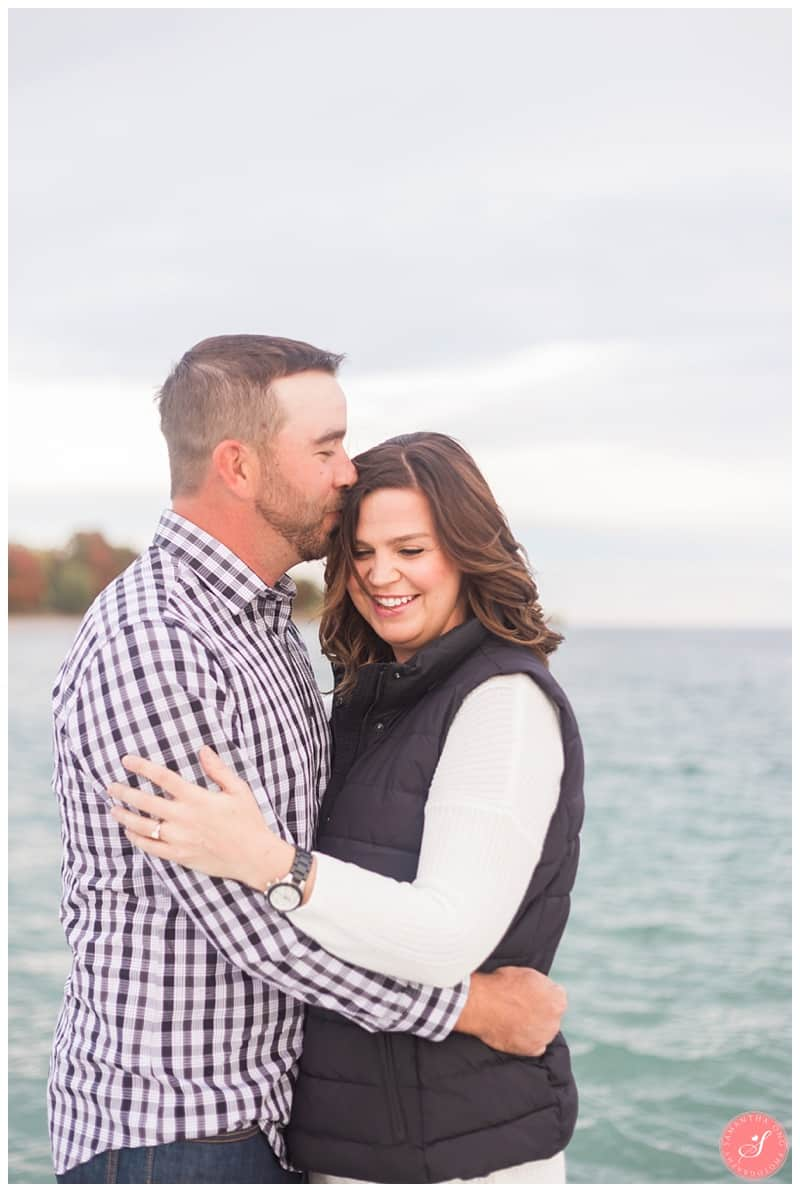 whitby-waterfront-engagement-photographer-fall-photos-5