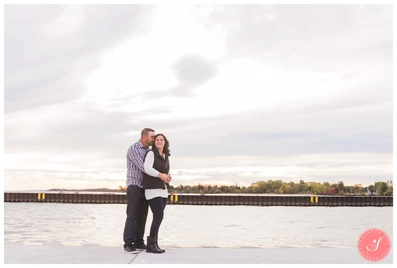 whitby-waterfront-engagement-photographer-fall-photos-8