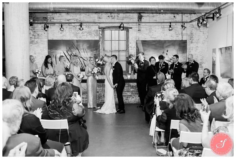 distillery-district-toronto-arta-gallery-wedding-photos-3