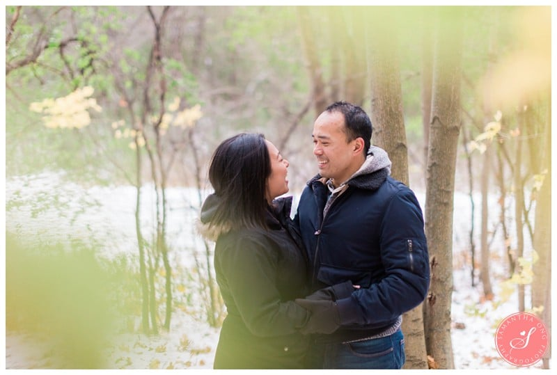 sunnybrook-park-toronto-winter-engagement-photos-10