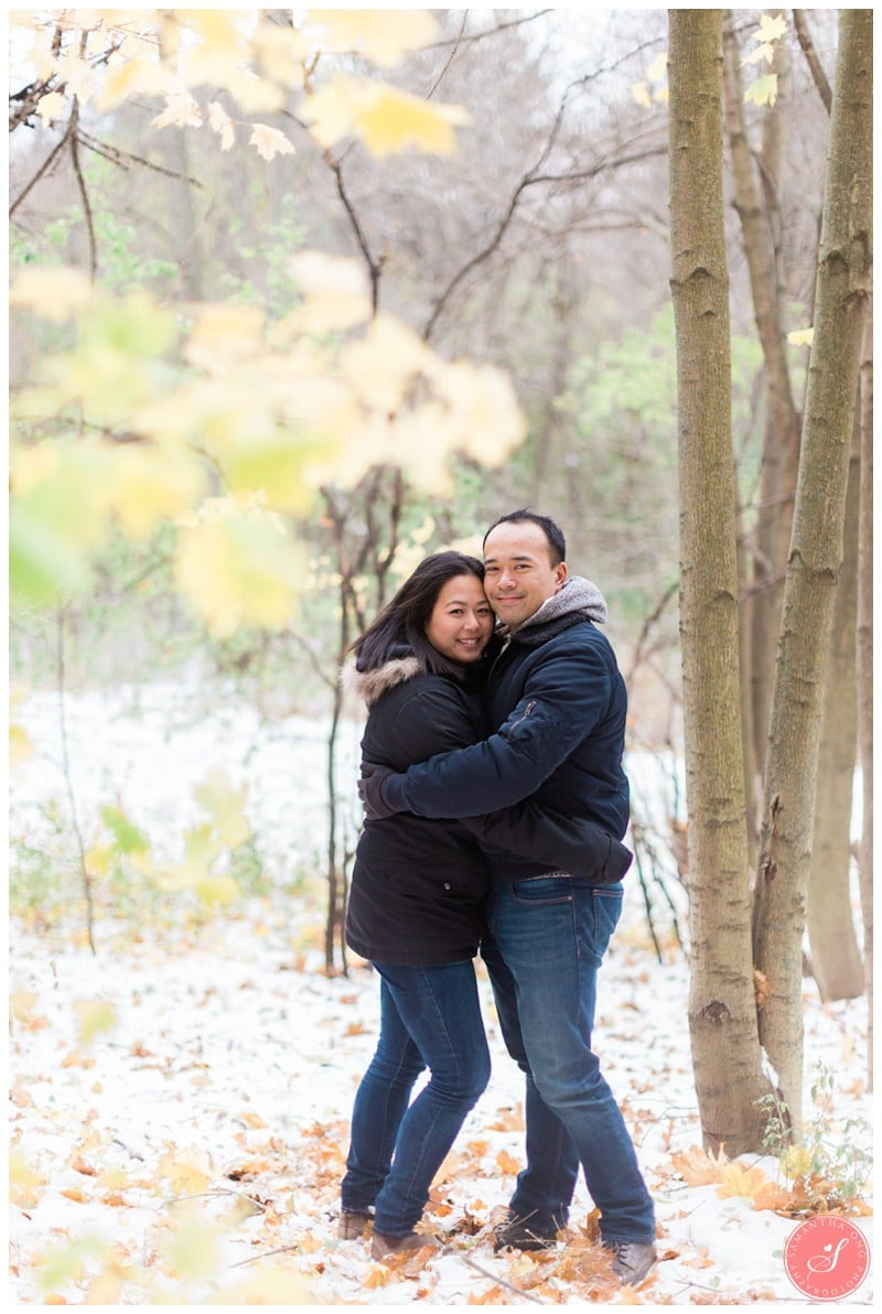 sunnybrook-park-toronto-winter-engagement-photos-11