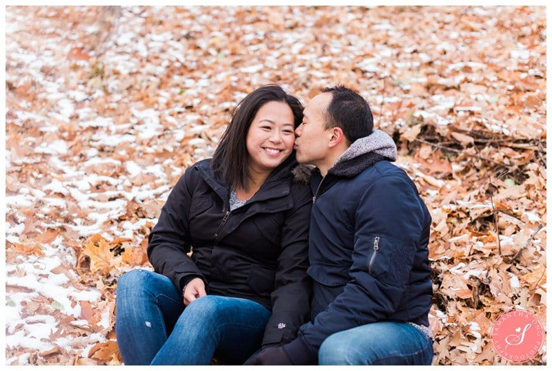 sunnybrook-park-toronto-winter-engagement-photos-2