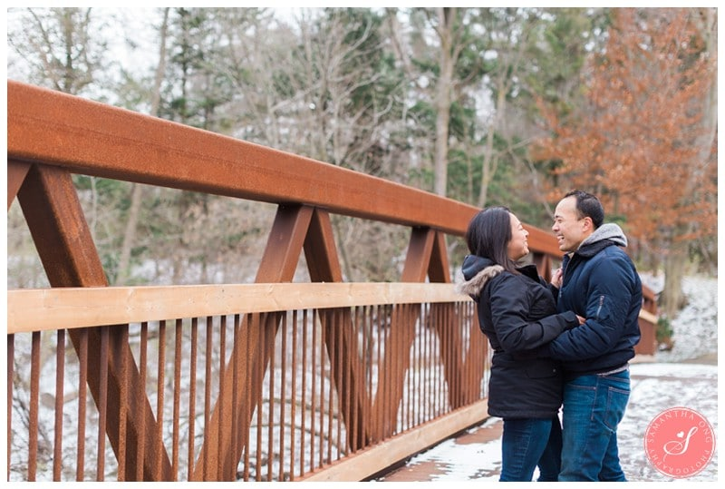 sunnybrook-park-toronto-winter-engagement-photos-6