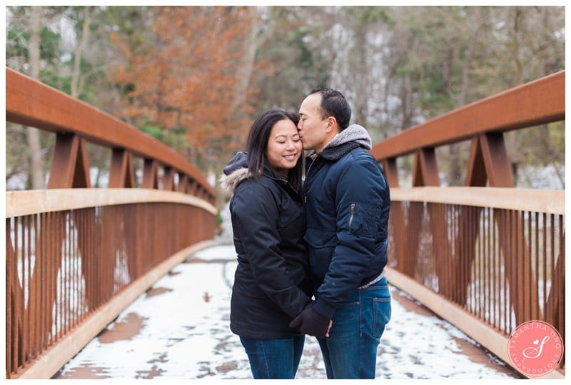 sunnybrook-park-toronto-winter-engagement-photos-7
