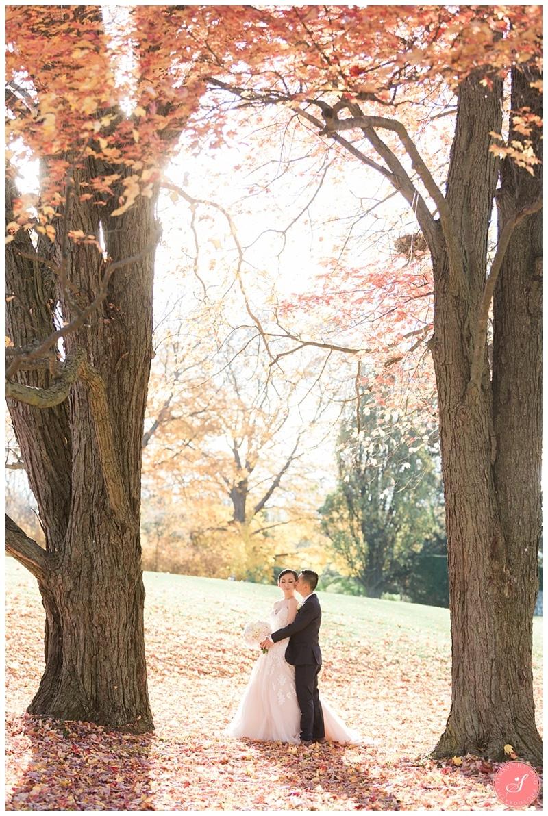 toronto-fairytale-estates-sunnybrook-fall-wedding-30