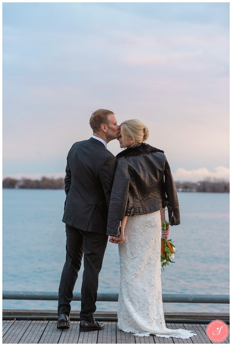toronto-harbourfront-lake-wedding-photos-10
