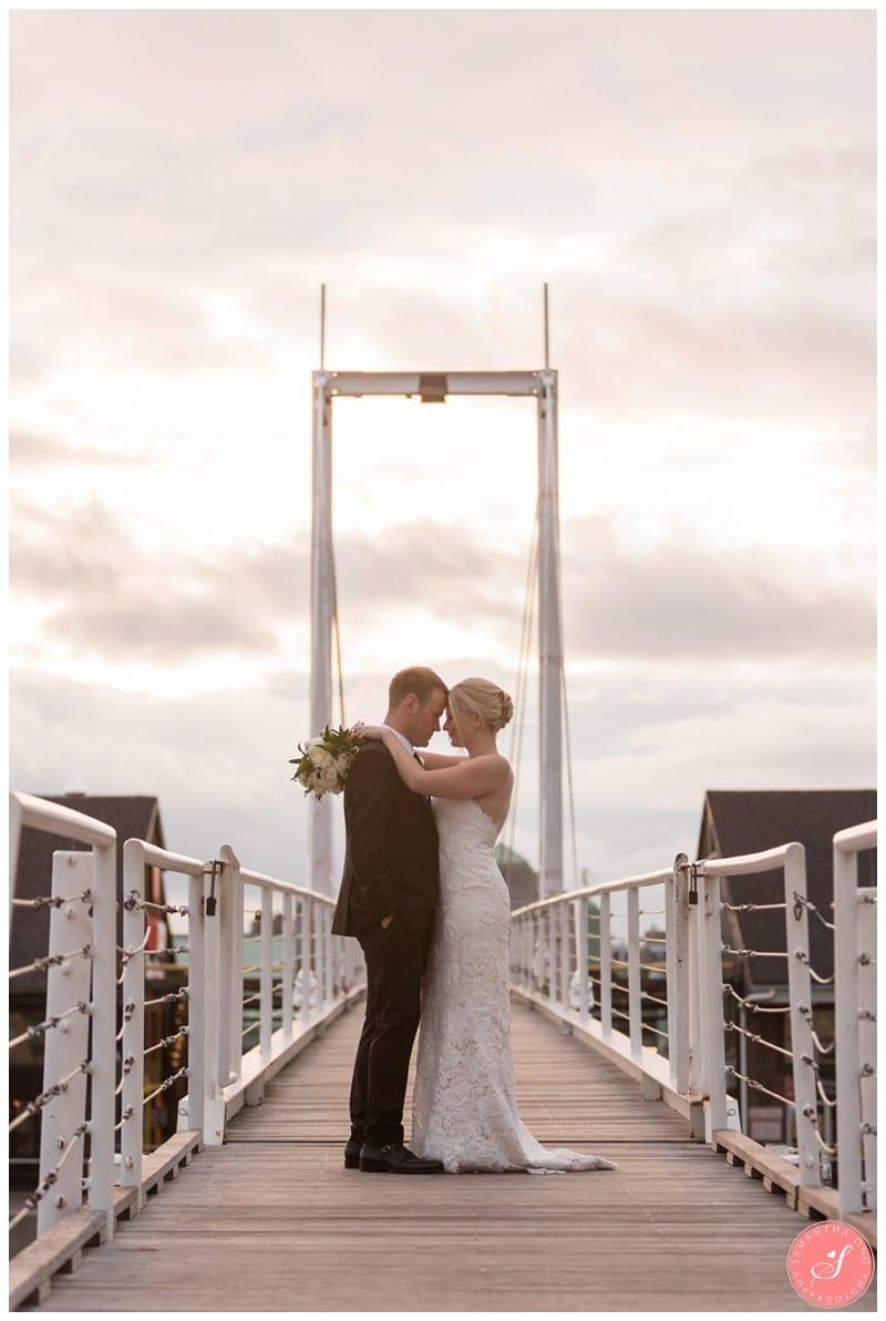 toronto-harbourfront-lake-wedding-photos-12