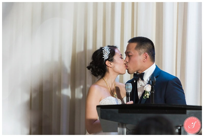 toronto-design-exchange-winter-wedding-photos-21