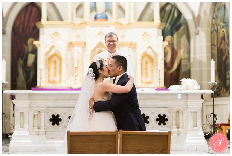 toronto-st-marys-church-wedding-photos-13