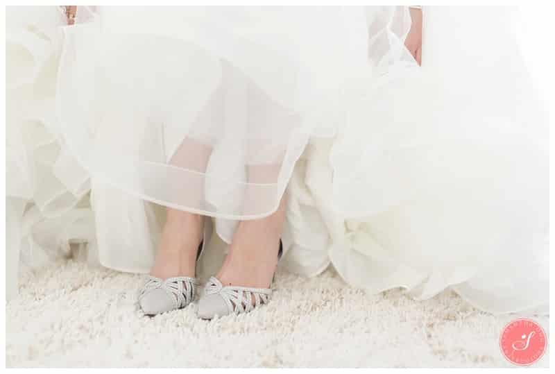 toronto-winter-wedding-photos-princess-fairytale-10