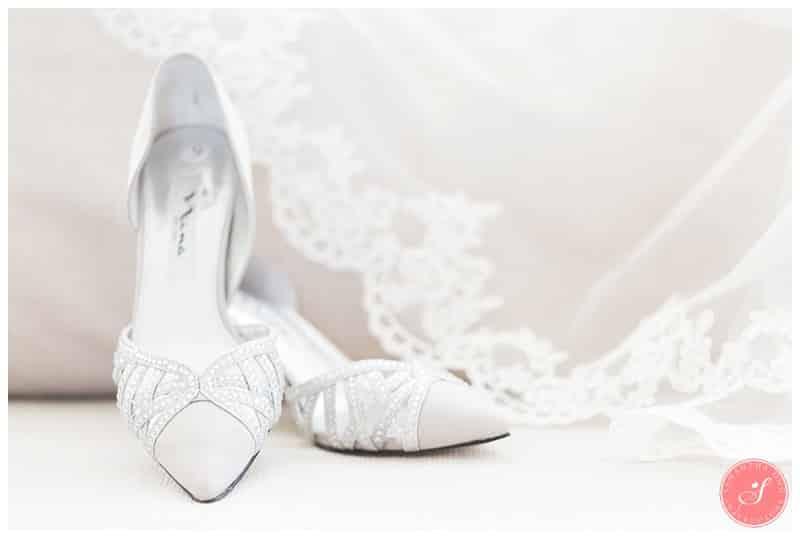 toronto-winter-wedding-photos-princess-fairytale-8