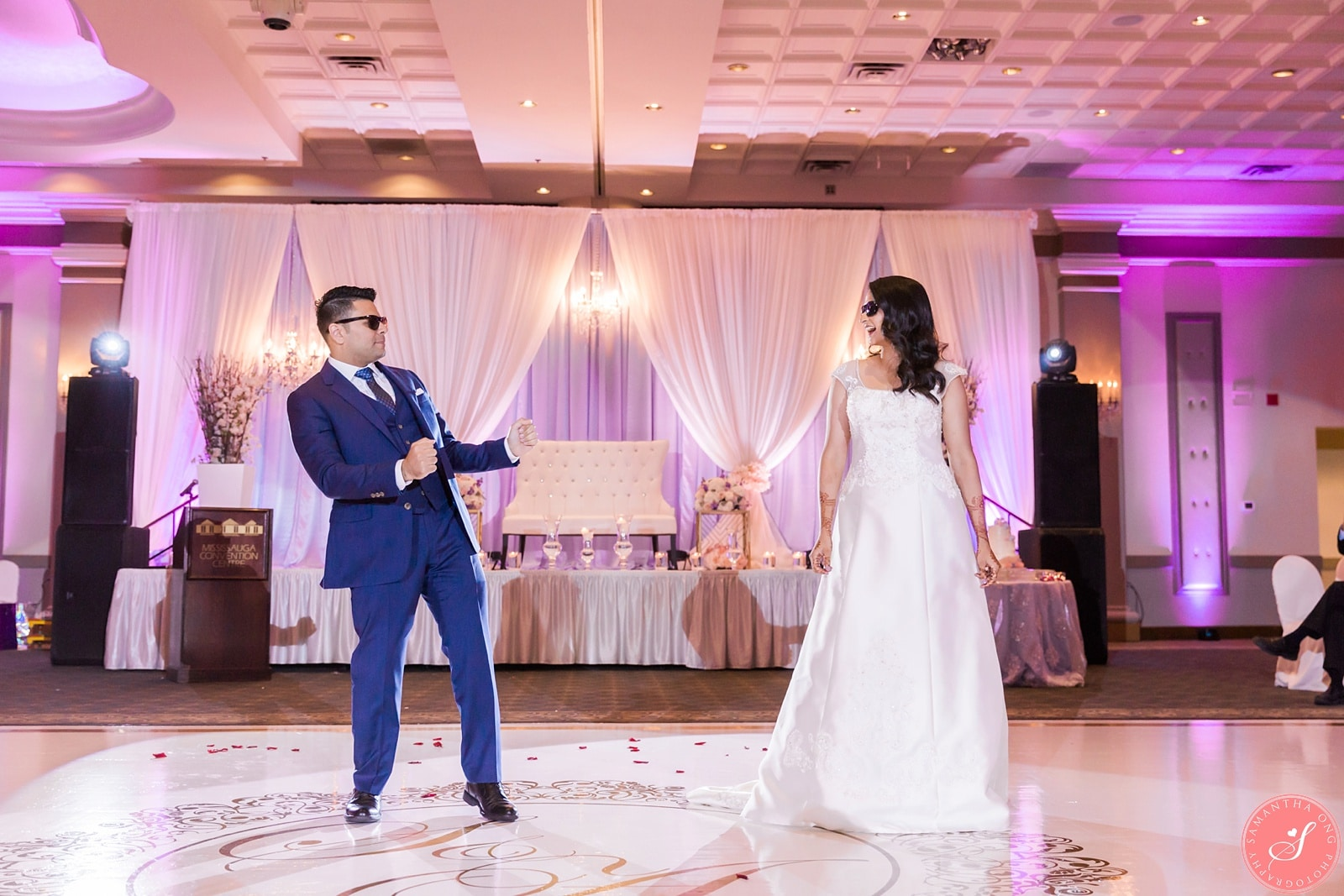 Wedding Photographer Samantha Ong Photography Ceremony Venue Unionville Jamatkhana Reception Mississauga Convention Centre Planner BeYOUtiful