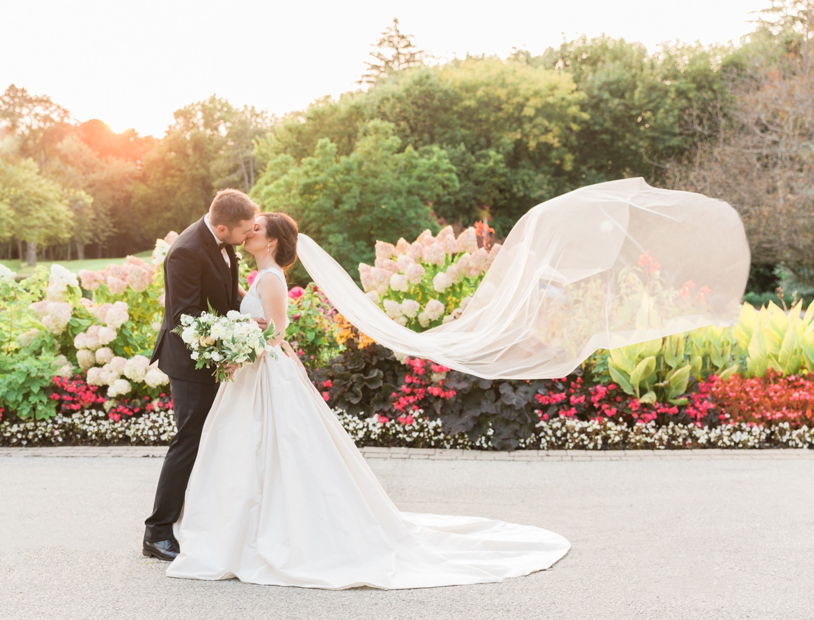 Classic Estates of Sunnybrook Wedding: Christine + Greg