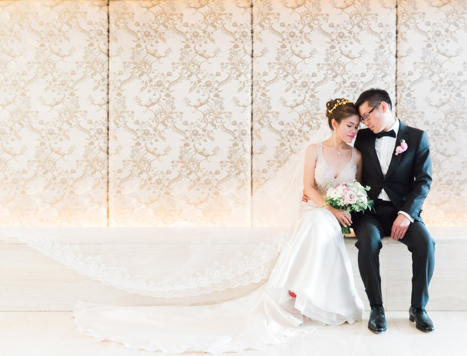 Elegant Downtown Toronto Shangri-La Hotel Wedding: Cheryl + Chris