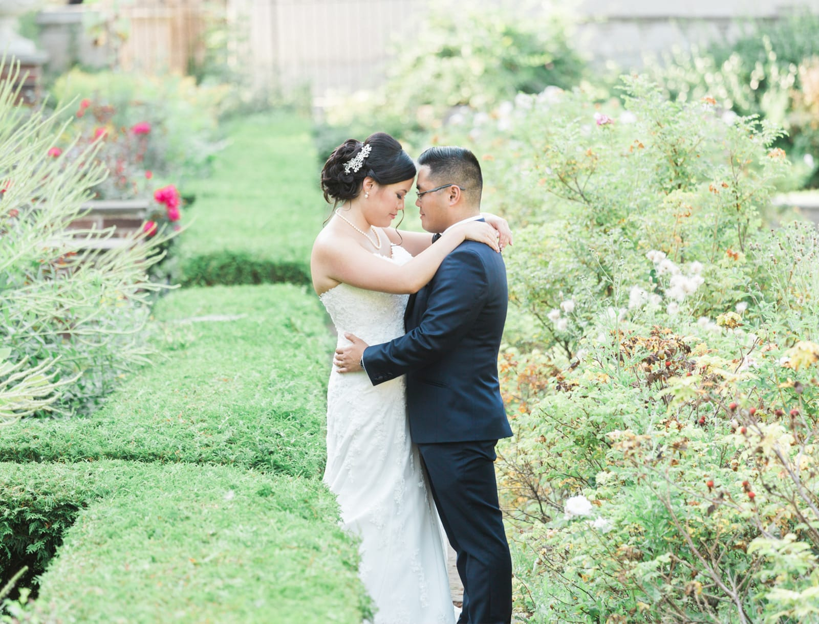 Toronto Wedding Photography Light Airy
