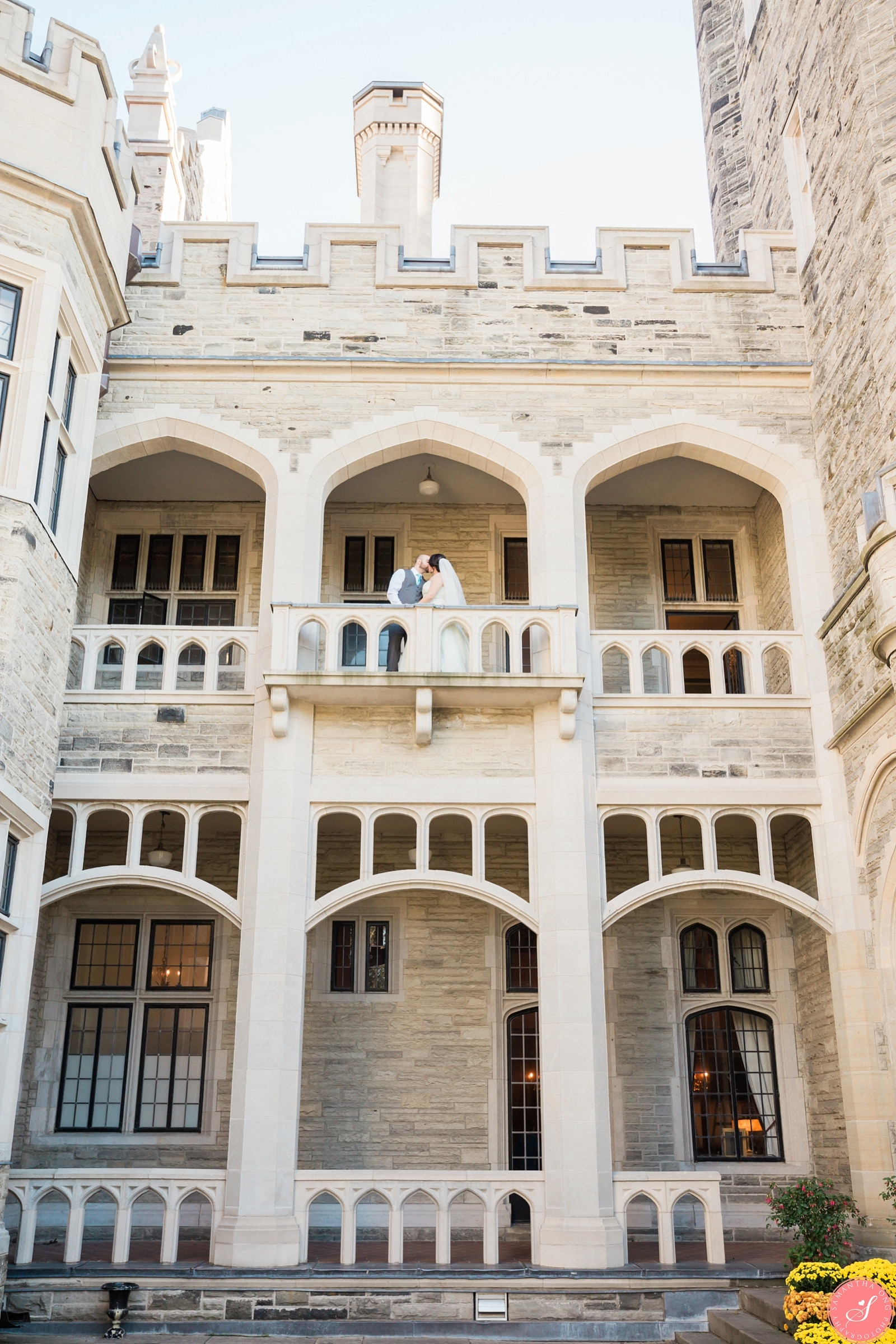 Toronto casa loma wedding photos fairytale magical castle for Casa loma mansion toronto