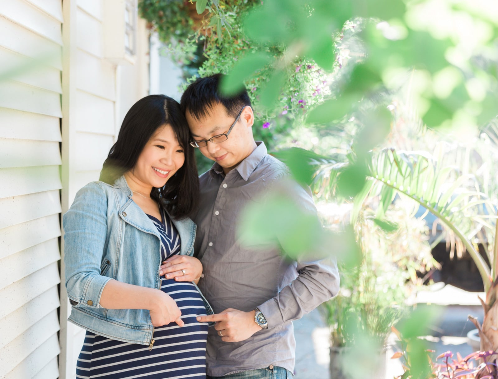 Sweet & Warm Maternity Session: Amber + Justin