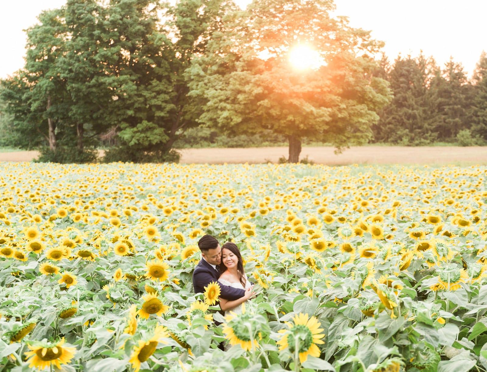 A Romantic Anniversary Session in Nature: Tiffany + Benny